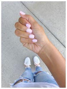 The most beautiful pink nails and pink nail colors! I've showcased light pink nails, blush pink nails, pink nails with a glitter accent, rose pink nails, and matte pink nails Cute Nails, Pretty Nails, Hair And Nails, My Nails, Sns Dip Nails, Dip Manicure, Sns Nails Colors, Natural Nail Designs, Sns Nail Designs