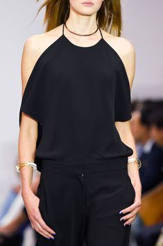 Visibly Interesting: Issa at London Spring 2016. Nice way of showing some skills n but still covering older arms.