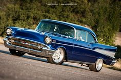 AmericanMuscle.de - Fotoshooting: 1957 Chevrolet Bel Air