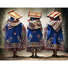 WOMEN FROM TINTA, PROVINCE OF CANCHIS, CUSCO, PERU. MUJERES DE TINTA, PROVINCIA