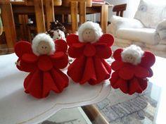 Lavoretti di Natale: angioletti fai da te - Angioletti in feltro rosso