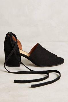 516ae20419 Hudson Shoes Tied Peeptoe Heels
