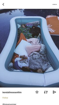 summer goals sleepover PAYTON (ohsnapitspayton) P - summergoals Cute Friend Pictures, Best Friend Pictures, Friend Pics, Bff Pics, Cute Friends, Best Friends, Fun Sleepover Ideas, Sleepover Fort, Sleepover Snacks