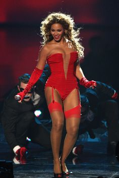 Beyoncé at the 2009 MTV Europe Music Awards Performance
