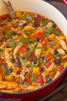 Chicken Fajita and Rice Soup - tastes just like fajitas but in soup form! Full of delicious flavor and and easy to make!