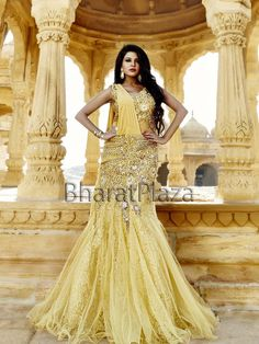 Every #Bride would want to drape this ensemble to get more #Beautiful looks. Item code ; GWN815 http://www.bharatplaza.com/new-arrivals/gowns.html