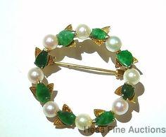 Vintage Cultured Pearl Genuine Jade 14K Gold Leaf Jadeite Circle Pin