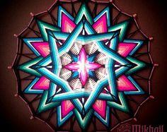 """Tejido mandala """"PurnaJivita"""" hilo mandala huichol arte ojo de dios hecha a mano decoración de la pared colgante colorido ojo de Dios indio"""