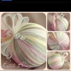 ribbon kissing ball
