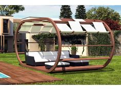 Gazebo in legno senza copertura. Realizzato in abete lamellare. Travi ed archi in abete lamellare sezione mm. 80x120.  Sono esclusi gli arredi raffigurati nell'immagine.  #gazebo #gazeboinlegno