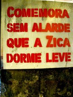 Comemora sem alardeAvenida Heitor Penteado, São Paulo, SP. Foto enviada por Cauê Maia. Intervenção por Coletivo Transverso.