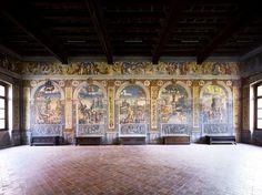 Candida Höfer, Museo di Palazzo d'Arco, Sala dello Zodiaco, Mantova, 2011, 180×222 cm © Candida Höfer