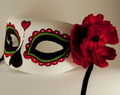Day of the dead mask. Frida Kahlo inspired. Classic Halloween costume