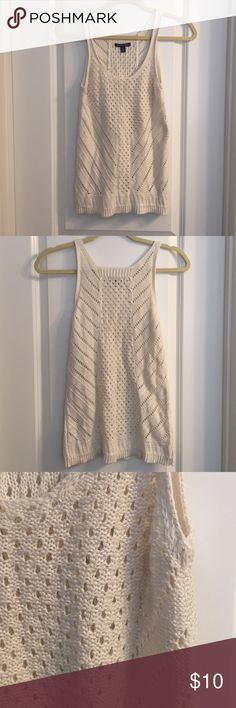 Cute Tank Cute American Eagle tank in like new condition! Has silver threading for that added sparkle thanks for looking  American Eagle Outfitters Tops Tank Tops