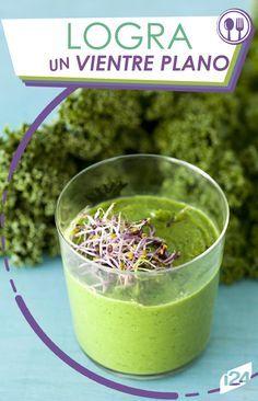 ¿Sabías que el Kale previene la retención de líquidos y te ayuda a tener un vientre plano? Aquí te enseño a preparar un delicioso batido. #Batidos #EnForma