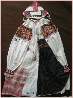 Folk Embroidery, Folk Costume, Costumes For Women, Cap, Female, Baseball Hat