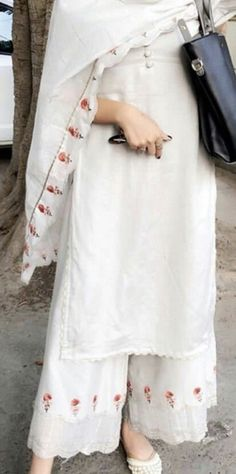 Best Trendy Outfits Part 14 Indian Attire, Indian Wear, Pakistani Outfits, Indian Outfits, Kurta Designs, Blouse Designs, New Suit Design, Suit Fashion, Fashion Outfits