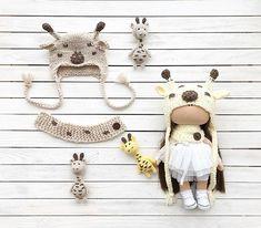 Набор выполнен на заказ #pompon#dollsaccessories#hatsfordolls#handmade#doll#хендмейд#шапочкидлякукол#наборыдлякукол#кукла#вязаныешапочки#аксессуарыдлякукол#ручнаяработа#интерьернаякукла#