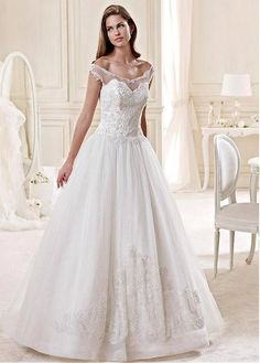 Elegant Chiffon & Lace A-line Wedding Dress With Beaded Lace Appliques