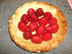 My Simple Country Living: Strawberry Pie... Just in Time for Your Sweetheart