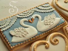 Stunning! Step-by-step tutorial for beautiful swan cookies by @SweetAmbs