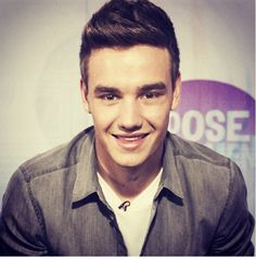Liam is so very cute and hot♥___♥