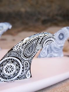Surfboard fins – Black and White Mandala – by Finatics ~ RRP $95. Make your board stand out from the rest with these unique surfboard fins hand painted by the talented Shannon Bawden.