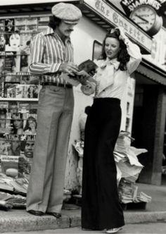 @Le Chateau : symbole d'une nouvelle génération. En 1959, le premier magasin Le Château s'installe sur la rue Sainte-Catherine.   1959: the first Le Château shop opened on St.Catherine Street. #placevillemarie #vitrinepvm #histoire #mode #montréal #modemtl