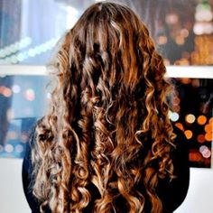 How to Curl Your Hair with a Pillowcase - ...