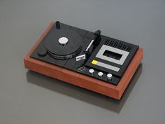 LEGO MOC - Vintage Turntable with Cassette