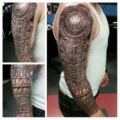 Armor sleeve with chain maille.