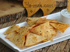 Lavender Spicy Chips Fabrication : First, put the lavash on top of each other. Breakfast Items, Breakfast Recipes, Snack Recipes, Snacks, Homemade Chips, Oven Dishes, Vash, Turkish Recipes, Special Recipes
