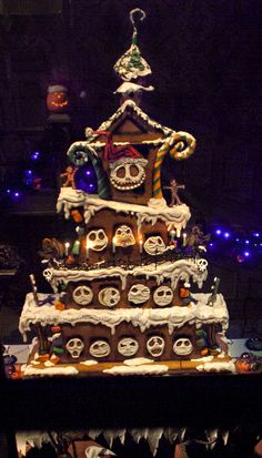 Disneyland // Haunted Mansion Holiday // Jack Skellington // 2013 Gingerbread House