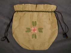 Arts and Crafts Handbag. Embroidered Linen  String. America. Circa 1900-1910.
