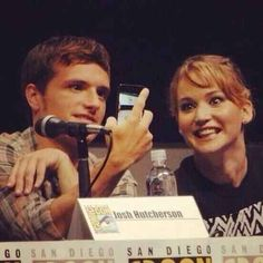 When they took this selfie while on a panel and didn't care what was going on around them: