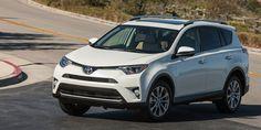 Toyota RAV4 Hybrid 2016, Dispuesta a llevarnos muy lejos - http://autoproyecto.com/2016/02/toyota-rav4-2016-dispuesta-a-llevarnos-muy-lejos.html?utm_source=PN&utm_medium=Vanessa+Pinterest&utm_campaign=SNAP