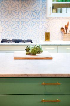 A Bold, Brass-Detailed Moroccan Kitchen Kitchen Spotlight | The Kitchn