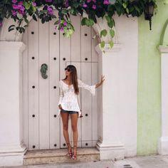 Cartagena de Indias – MLV BLOG Pic Pose, Foto Pose, Picture Poses, Best Photo Poses, Girl Photo Poses, Lifestyle Photography, Photography Poses, Selfie Foto, Colombian Culture