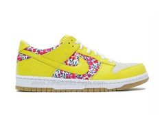 Nike Dunks Liberty Fabric.... I really like these:)