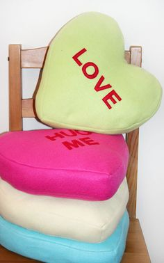 Conversation Hearts Pillows: Tutorial and Free Pattern