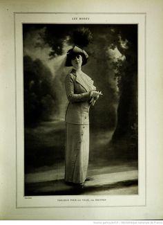 Modes (Paris) 1912  Tailleur pour la Ville par Brenner