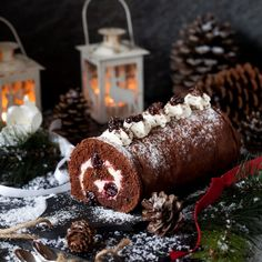 This gluten free Black Forest Yule Log is the classic combination of chocolate, cherries & Kirsch all wrapped up in rustic festive style Christmas Desserts, Christmas Baking, Christmas Yule Log, Rustic Christmas, Postres Halloween, Yule Log Cake, Food Log, Forest Cake, Baking Tins