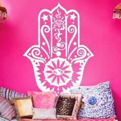 A Hamsa kéz vagy más néven Fatima keze. nagyon elterjedt a lakásokban is…