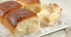 Pani Pop Samoan Coconut Buns – A traditional Samoan recipe for sweet rolls in a rich coconut sauce.