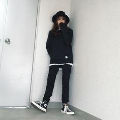 ดูรูปภาพและวิดีโอ Instagram จาก Jiwon  Yoon 윤지원 (@newageone)