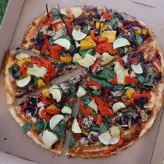 """TESS BEGG ∙ V E G A N on Instagram: """"Giant #vegan pizza after a long day down the beach (latest video link in bio)"""""""