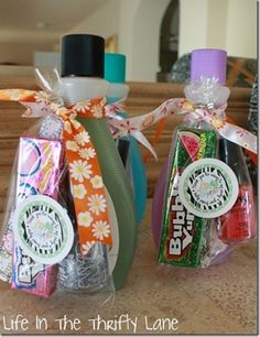 cute gifts or party favors for a spa party Slumber Parties, Birthday Parties, Birthday Favors, Birthday Presents, Girl Birthday, Teen Parties, Birthday Candy, Cake Birthday, Sleepover Party Favors