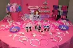 girls dress up table