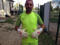 Romain Jaly goalkeeper of the club Thiviers La Thibérienne in j4k mode!!! 👍⚽️😜💪