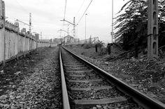"""""""Viajar en tren 1633"""" / Bernardo Guerra"""